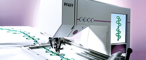 Pfaff sewing machine in action