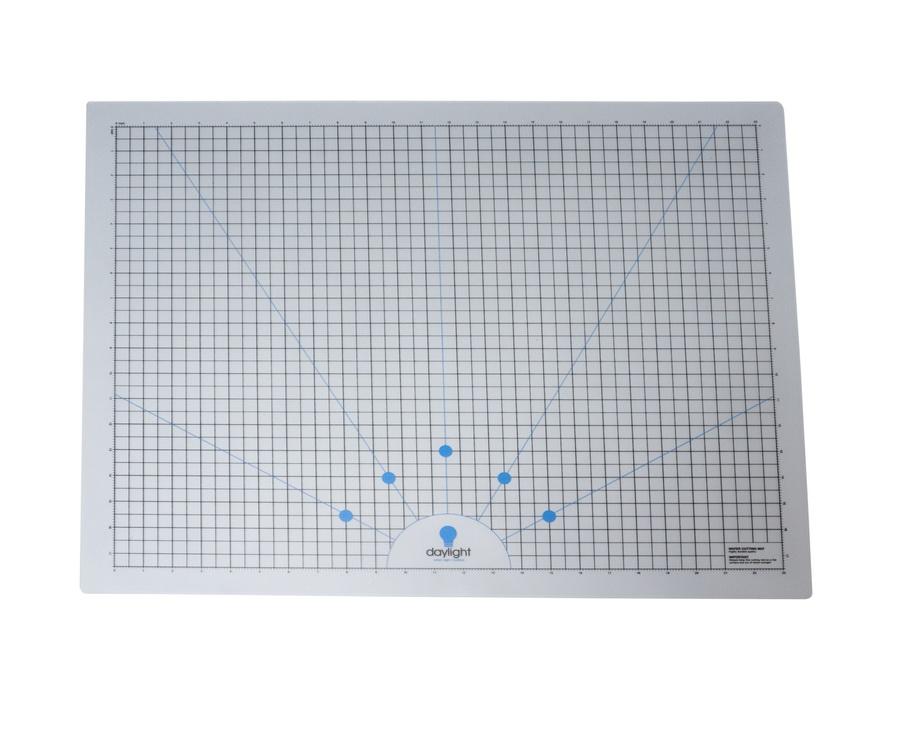 Daylight Wafer 2 Lightbox Cutting Mat Grid (U35032) or Clear