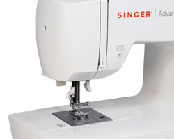 Singer 7422 Free Arm.