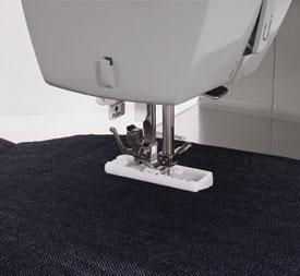 SewingMachinesPlus.com Singer 4411 Buttonhole.