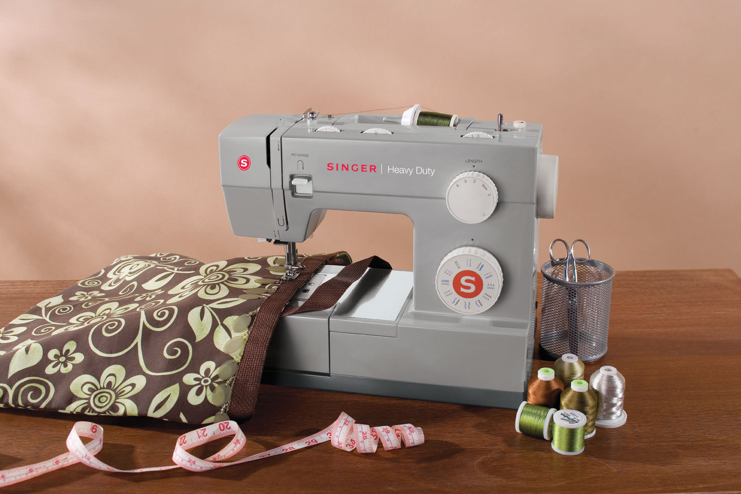Singer 4423 Lifestyle Sewing Machine.