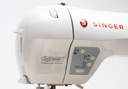 Singer Futura XL-400 Swift Smart Threading System