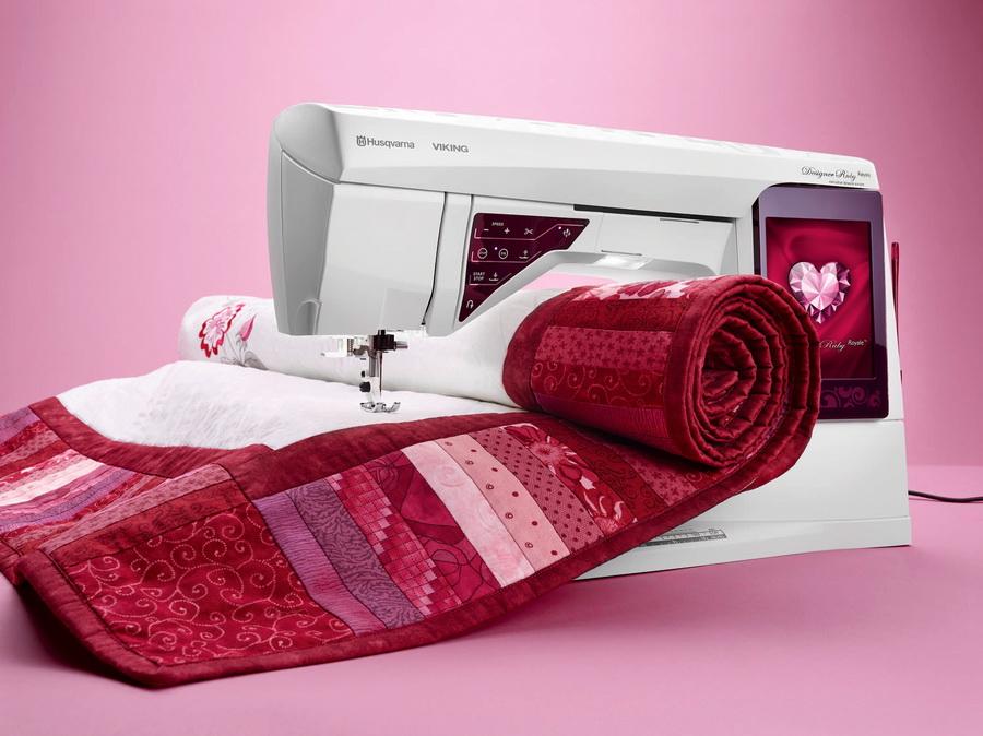 husqvarna viking designer royale sewing machine