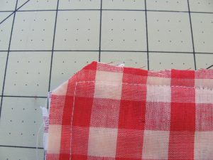 Cut corners close to stitching.