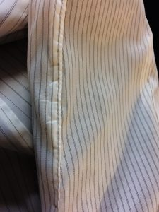 Sleeve lining with topstitched seam (open up from here and pull everything through).