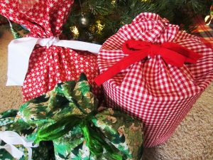 DIY Fabric Gift Bags instead of Wrapping Paper