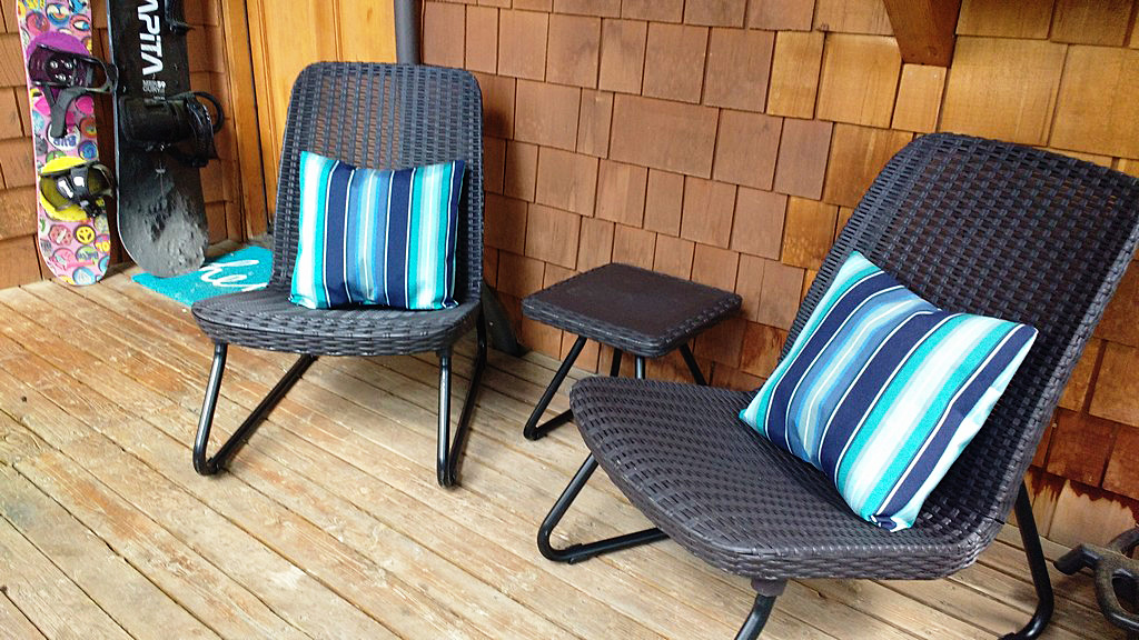 How To Sew Sunbrella Fabric Outdoor Pillows Sewingmachinesplus Com Blog