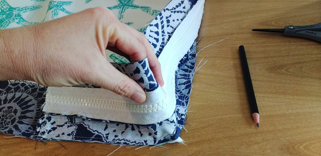 How to Sew a DIY Mattress Cover | SewingMachinesPlus com Blog