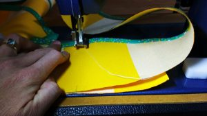 When you have those marks, bring the top over to your machine & sew the join on the side piece.