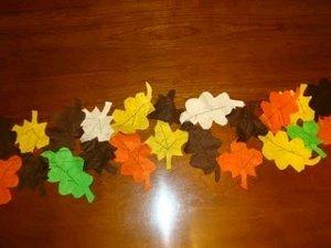 Felt-Leaves-Table-Runner_Medium_ID-456743